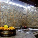 Плитка с узорами в ванной восточного стиля