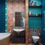 Открыты полки на стене ванной