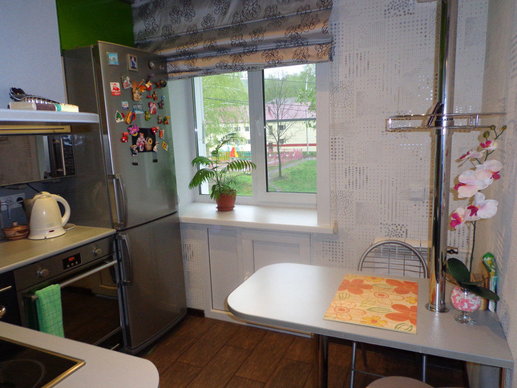 Барная стойка вместо стола в кухне хрущевки