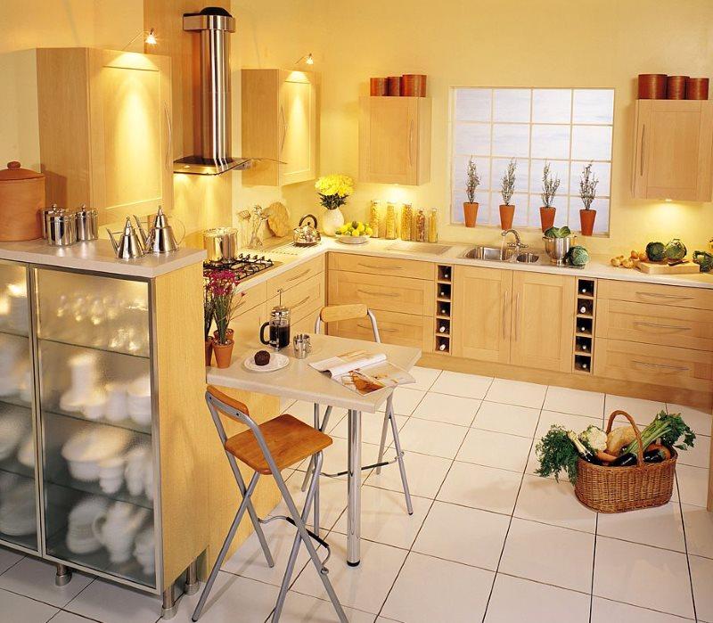 Дизайн кухни с барными стульями раскладного типа