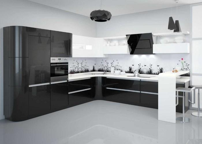 Черно-белая глянцевая кухня.