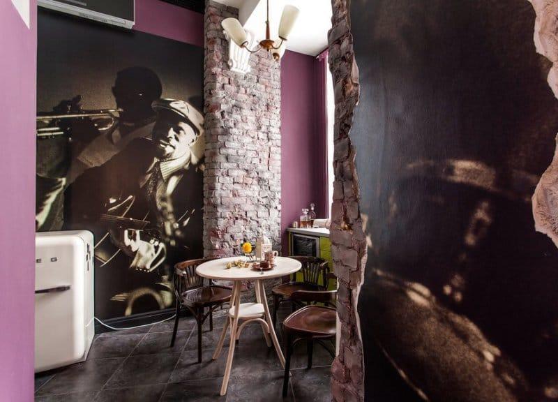 Фотообои на стене кухни в стиле ретро