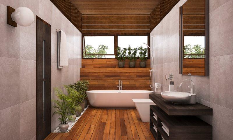 Деревянный пол в ванной с мраморными стенами
