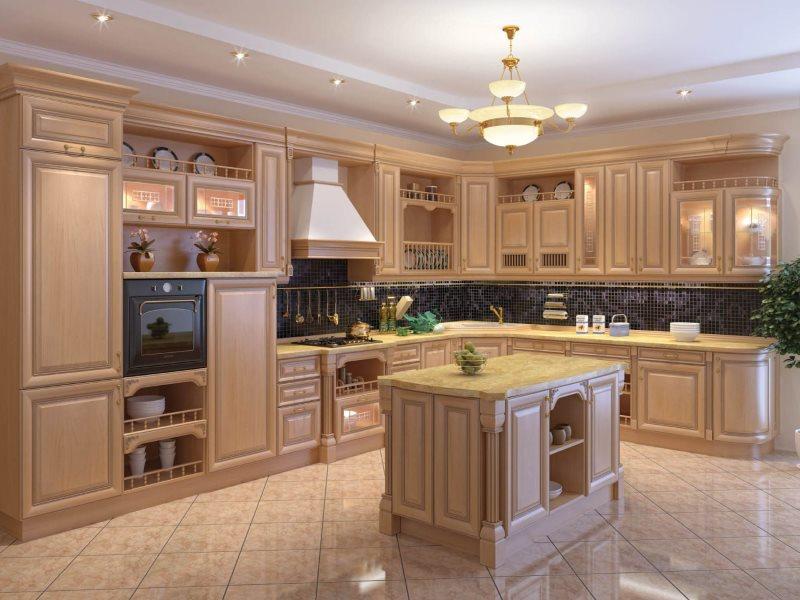 Угловая кухня с фасадами из натурального дерева