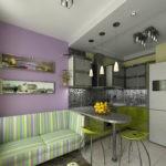 Кухонный диван с полосатой обивкой