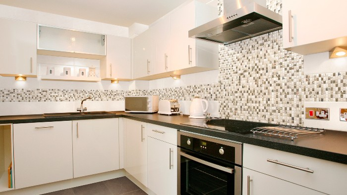 Мозаика фартук на кухне.