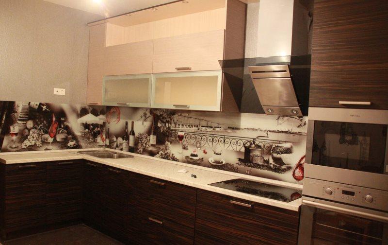 ПВХ-фартук в интерьере современной кухни