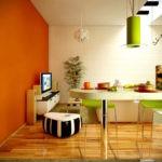 Оранжевая стена в дизайне кухни