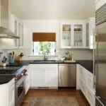 Черный столешницы кухонной мебели