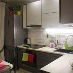 Подсветка рабочей зоны в маленькой кухне