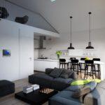 Кухня-гостиная в мансарде частного дома