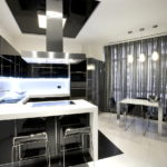 Серые шторы в кухне стиля хай-тек