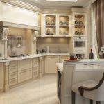 Кухонный стул с мягкой спинкой