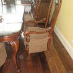 Кухонный стул с фигурными ножками