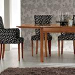 Мягкие стулья с удобными подлокотниками