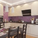 Фиолетовый фартук в угловой кухне
