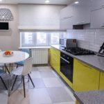 Керамической покрытие пола в кухне панельного дома