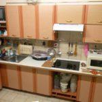 Угловая кухня с индукционной плитой