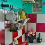 Кухонный фартук в красно-белую клетку