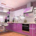 Дизайн современной кухни с мебелью розового цвета