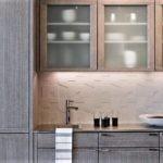 Рельефная поверхность кухонного фартука
