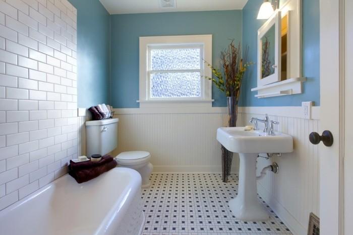 белый цвет в ванной комнате.