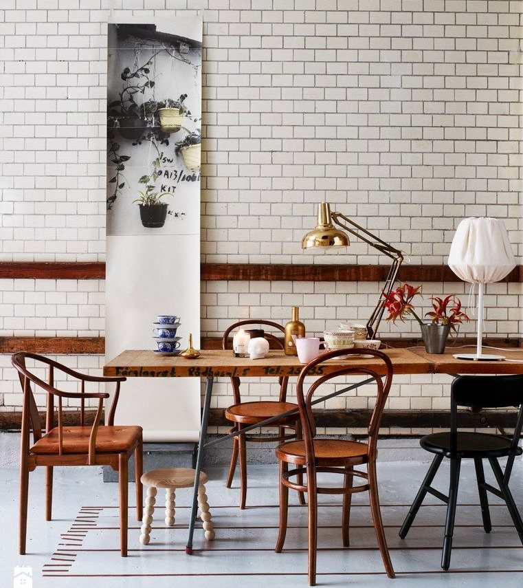 Венские стулья в интерьере современной кухни