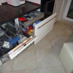 Кухонная утварь в выдвижных ящиках