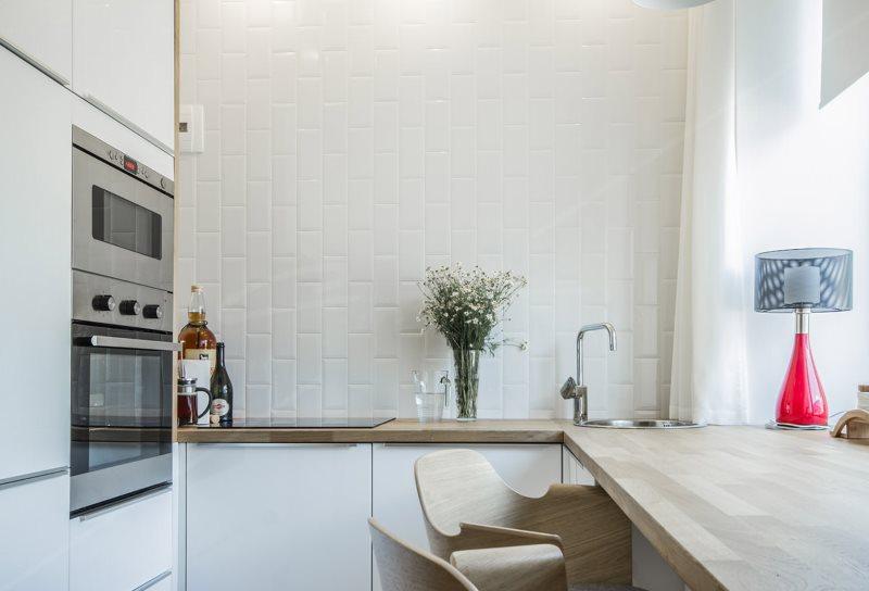 Компактная кухня в стиле минимализма