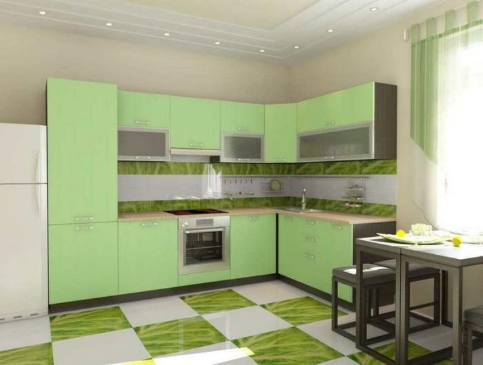 ФИсташковый цвет в маленькой кухне.