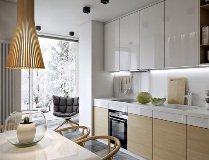 Кухня 9кв. м с балконом.