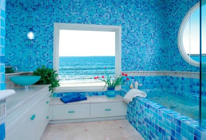 Ванная в голубом.