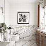 Декорирование интерьера ванной с помощью картины