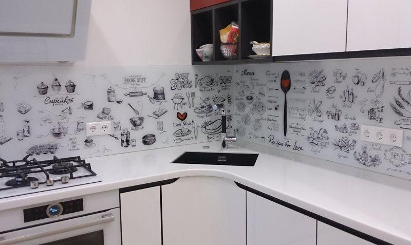 Кухонный фартук с надписями на скинали