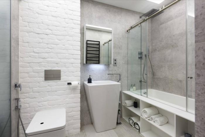 Белая ванная комната.