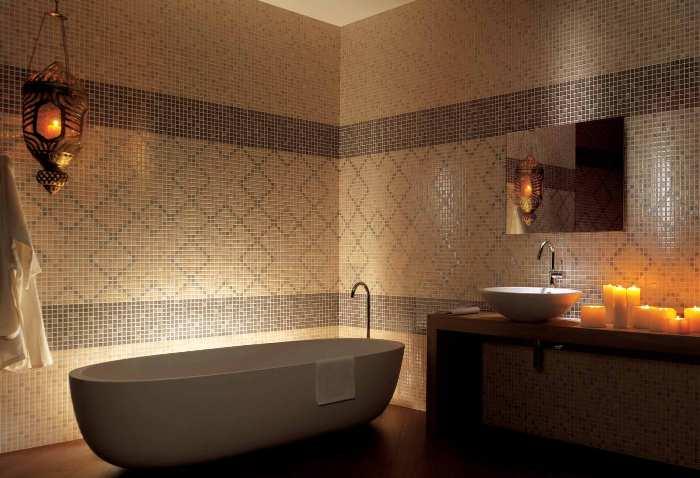 Мозаика в ванной.
