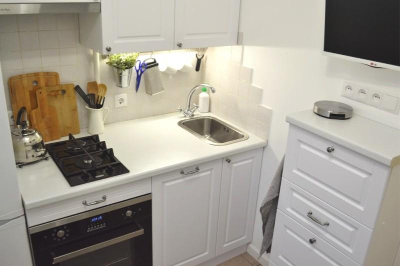 Рабочая зона кухни в хрущевке панельного дома