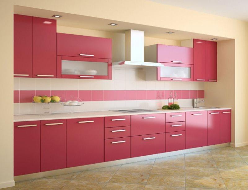 Розово-белый фартук из керамической плитки