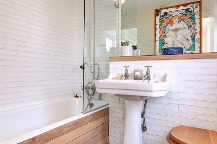 Натуральные материалы в ванной.