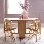 Складная деревянная мебель для обустройства кухни