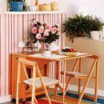 Деревянная мебель для маленькой кухни