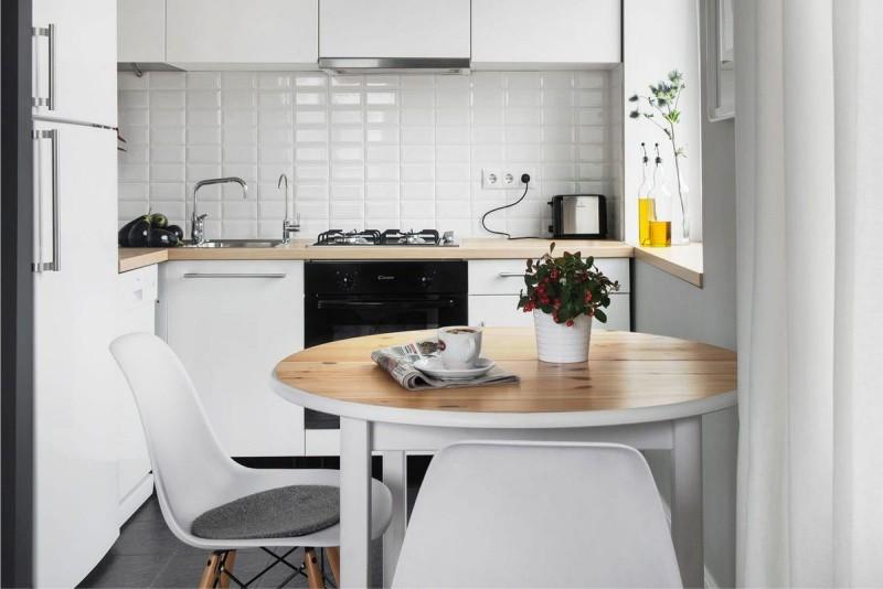 Белая кухня хрущевки в современном стиле