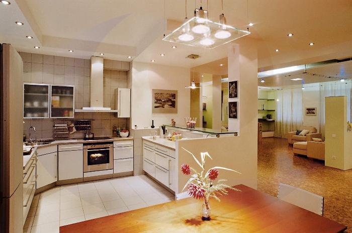 Освещение кухонного помещения.