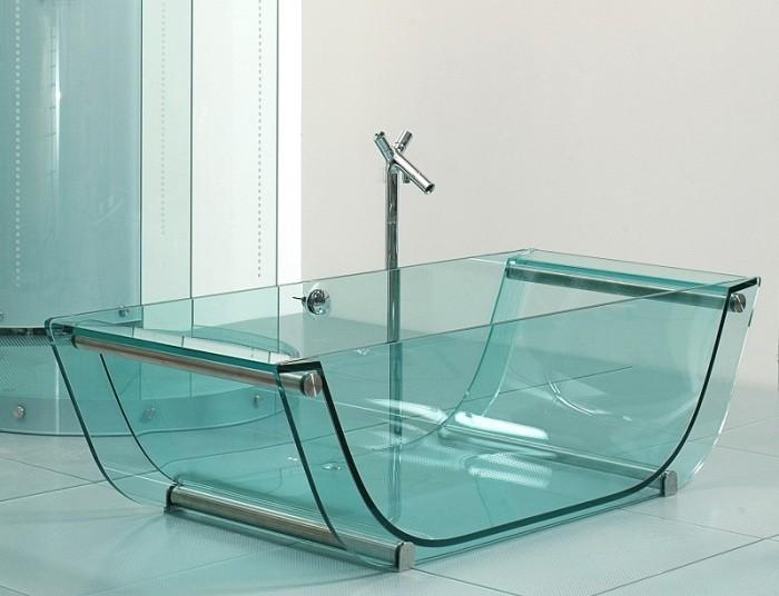 стеклянная ванна.