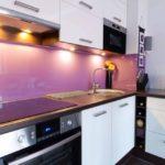 Фиолетовый фартук из акрилового стекла