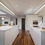 Островная кухня в стиле минимализма
