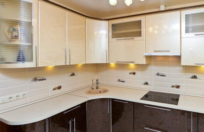 Акриловая кухонная гарнитура.