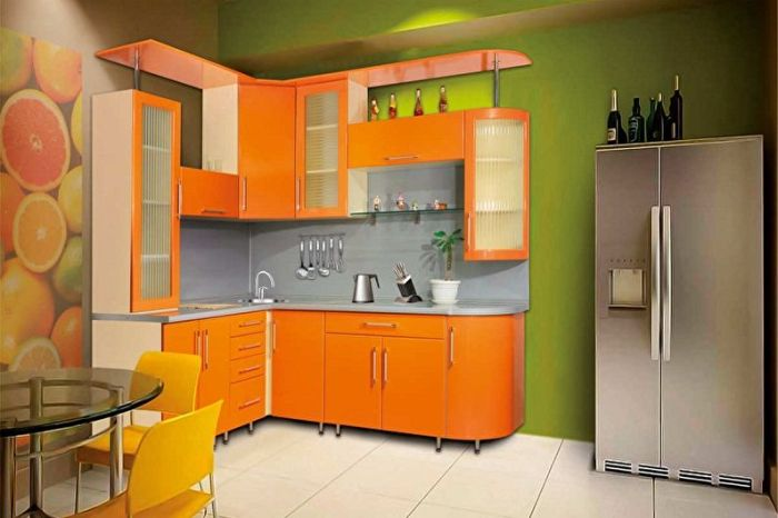 Оранжевая кухня.