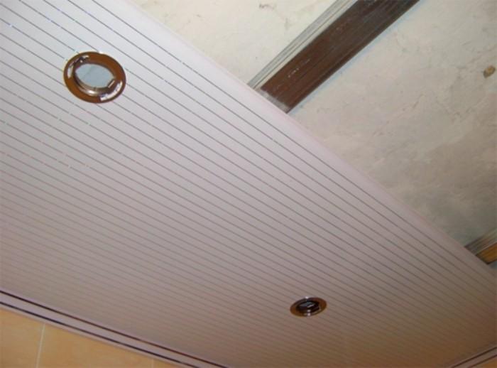 Как установить ПВХ потолок.