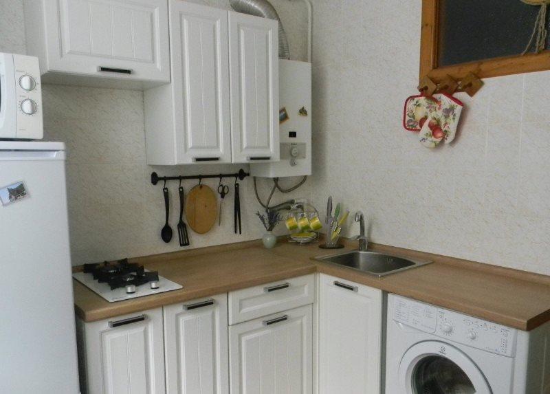 Варочная панель с двумя конфорками в кухне хрущевки